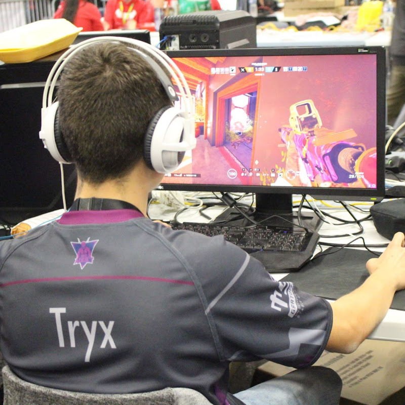 youtubeur Tryx_R6