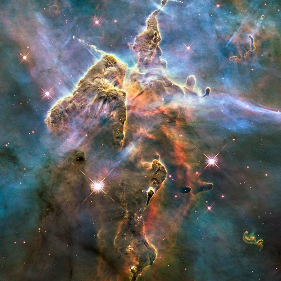 new hubble pic heaven's gate - 900×900