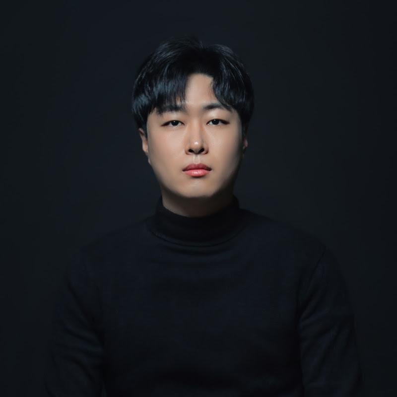 최진욱Jinwook Choi