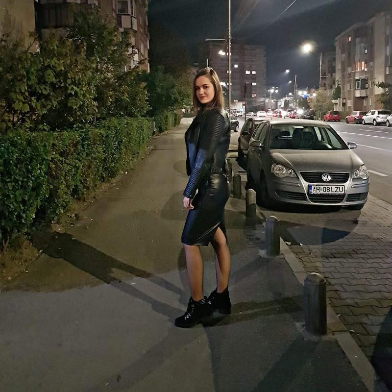Svetlana Valentina