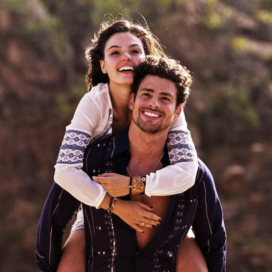 Неслихан Атагюл и Кадир Доулу промениха датата за сватбата си