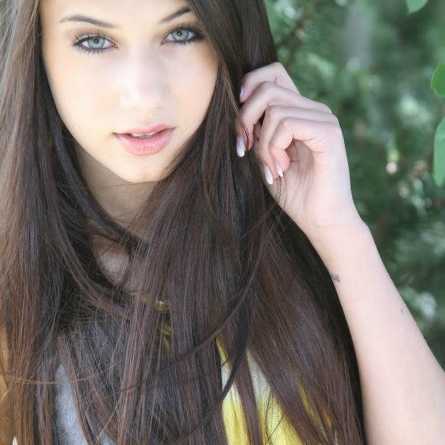 Sabrina Vaz Age