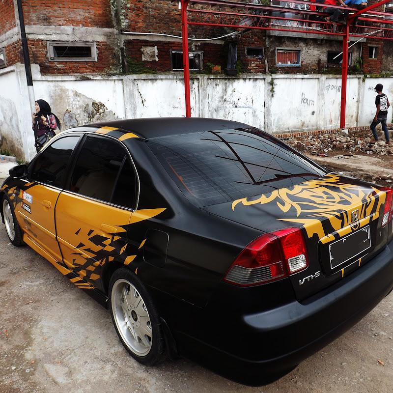 580 Koleksi Gambar Stiker Untuk Mobil Sedan Gratis Terbaru