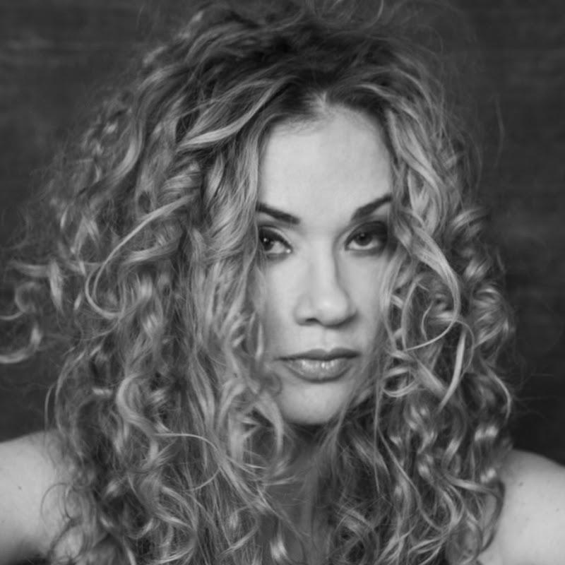 Dana Fuchs (allmack)