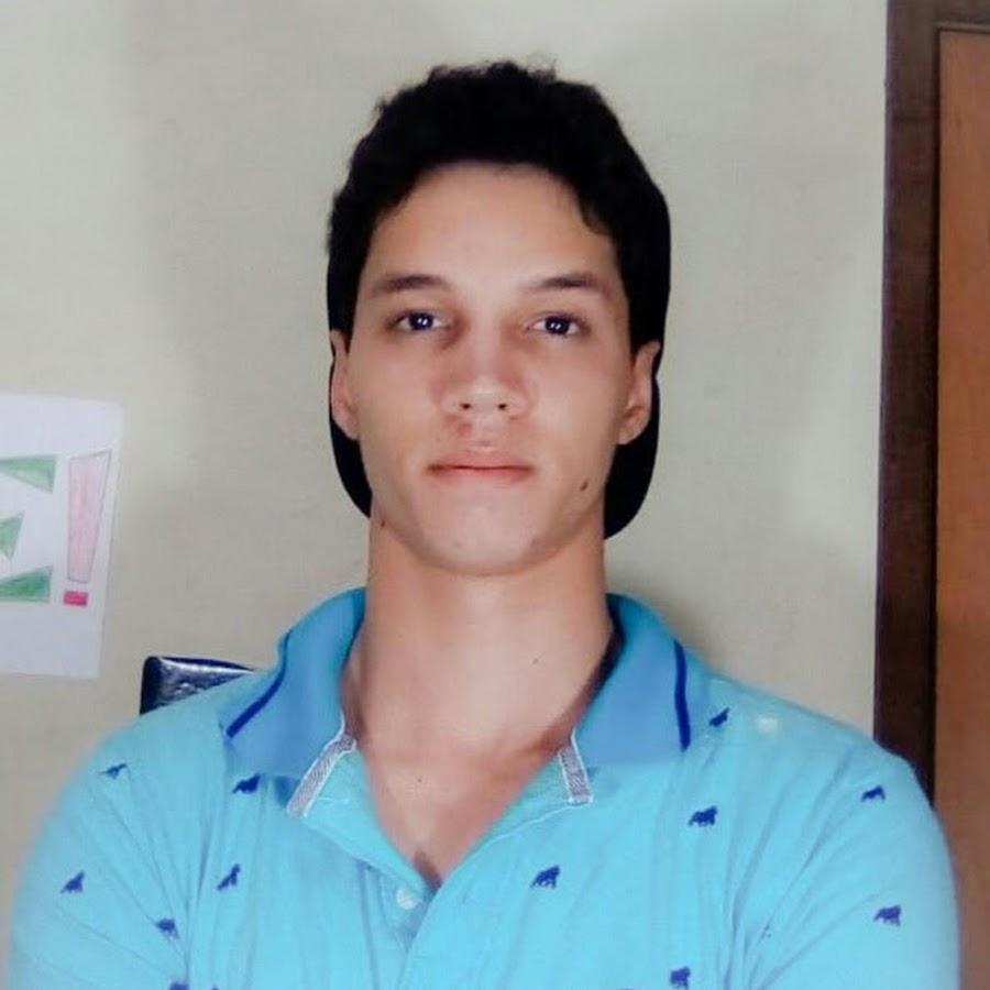 Unglaublich geile Transsexuelle Nutte Alex Victor ist gut zu Polieren Arschloch