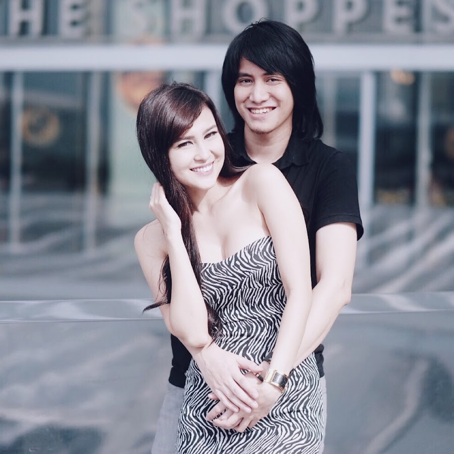 Kevin Aprilio & Vicy Melanie