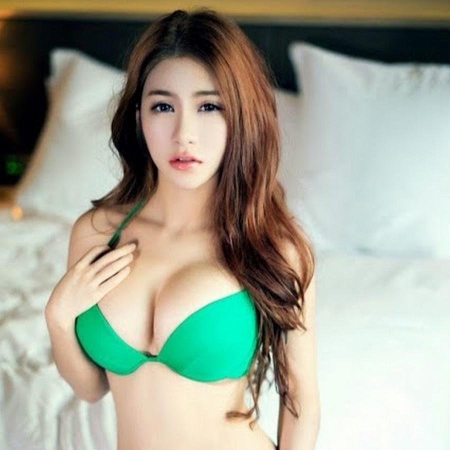 the-sacred-korean-women-boobs-lesbian