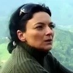 Fiona Art YouTube channel avatar