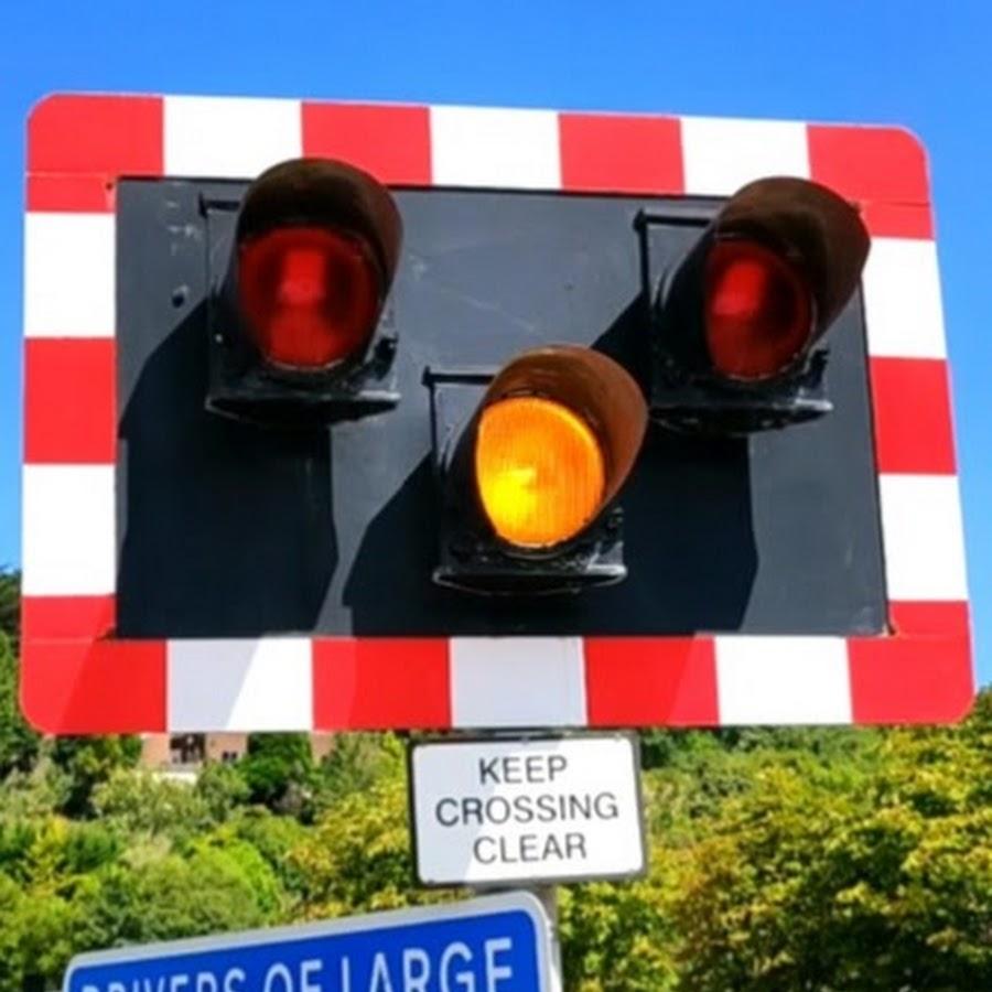 UK Level Crossings Channel - YouTube