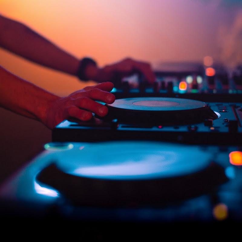 DJ Romance (dj-romance)