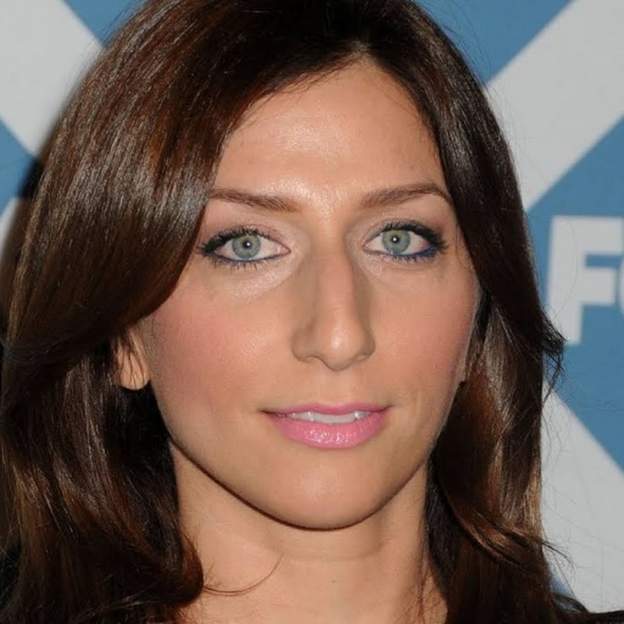 Chelsea Peretti - Topic - YouTube