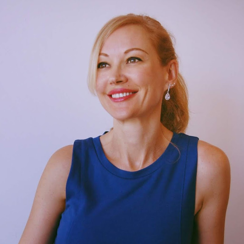 Mónica Esgueva en Español