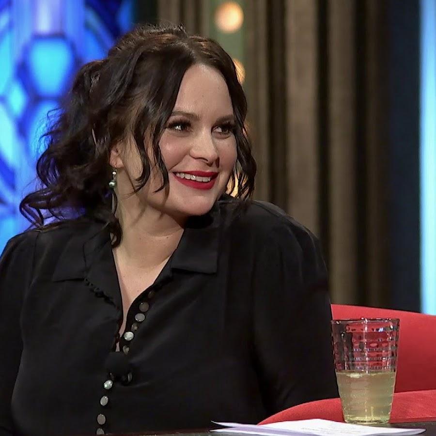 Jitka Čvančarová babeboard - YouTube