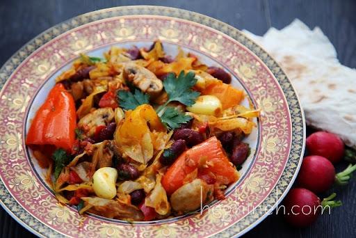 Տապակած Կաղամբով Ուտեստ - Sauteed Veggies - Heghineh Cooking Show in Armenian