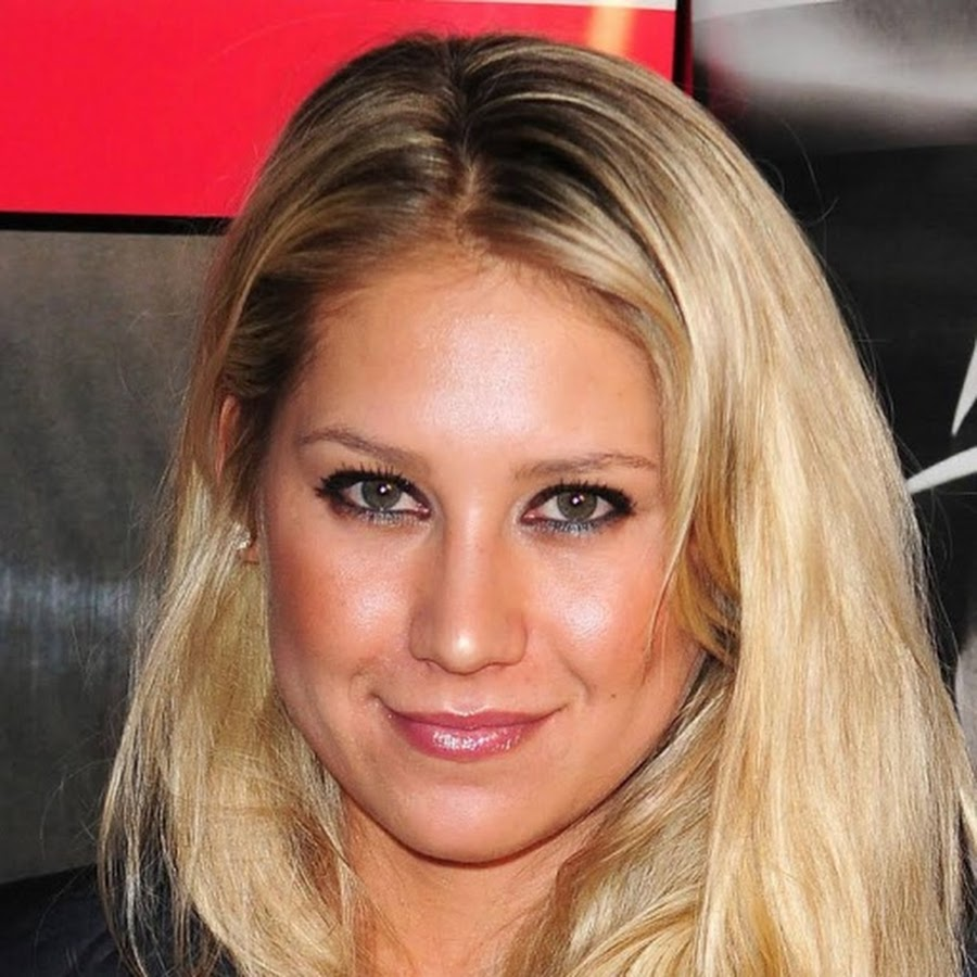 Anna Kournikova - Topic - YouTube