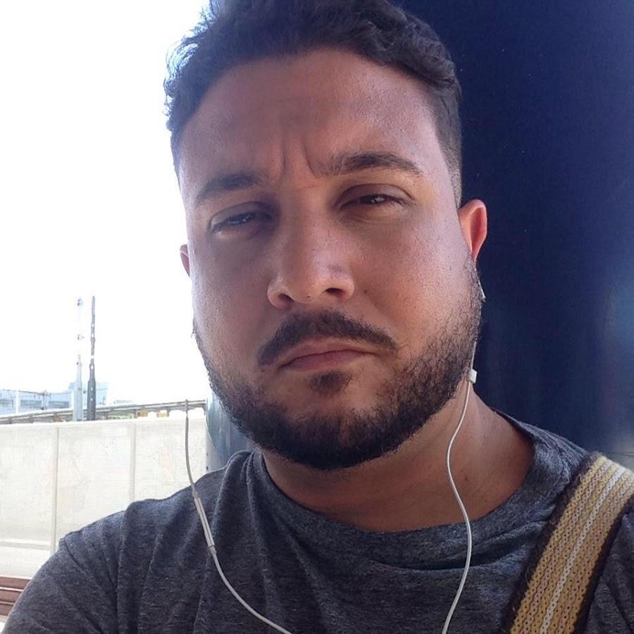 Emmanuel Oliveira