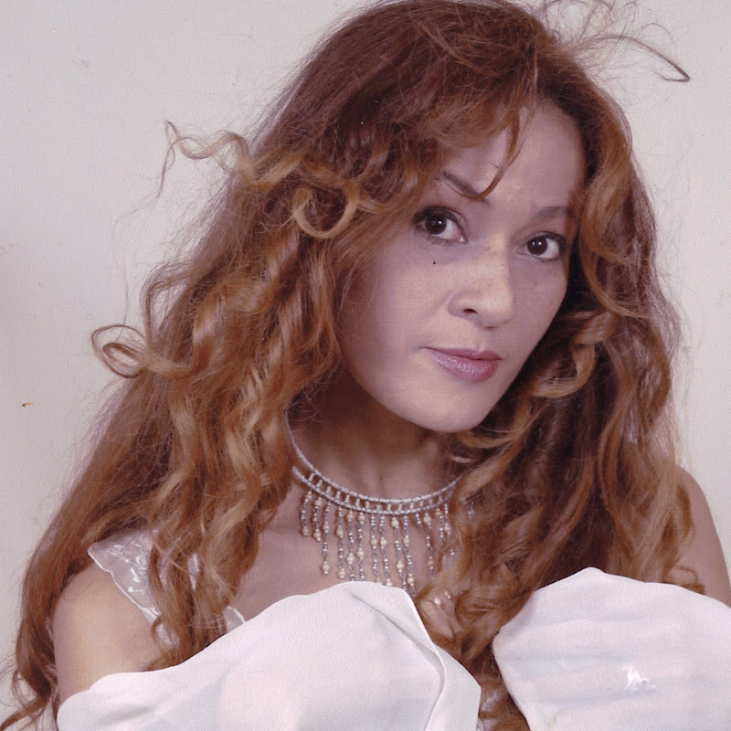 Anita Ivette Ferrer (anita-ivette-ferrer)
