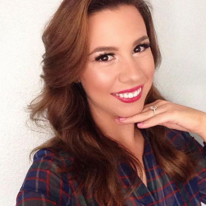 Hayley Paige Vlogs