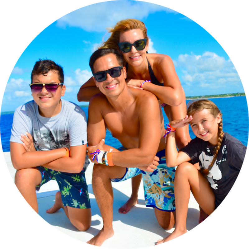 EscapingTheBubble ll TRAVEL FAMILY VlOG (escapingthebubble-ll-travel-family-vlog)