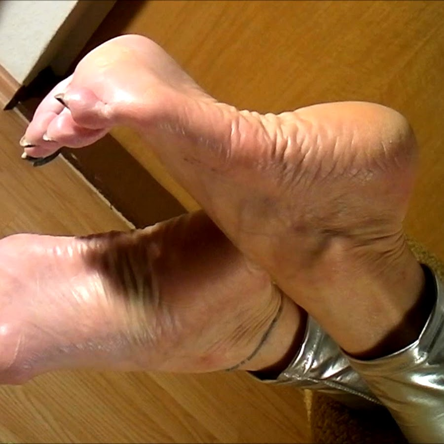 Shoeplay SHOEPLAY PORN