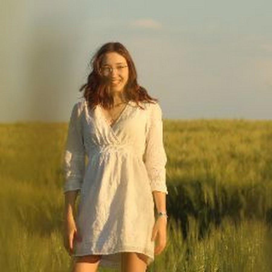 Vicky S