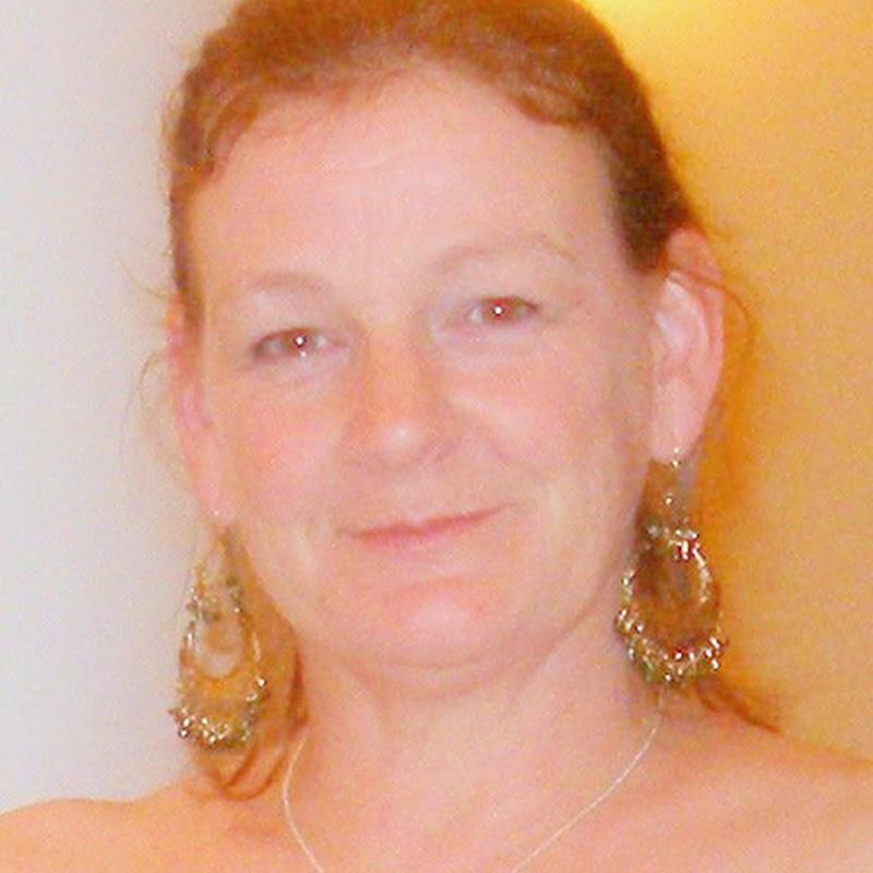 Fiona Barr
