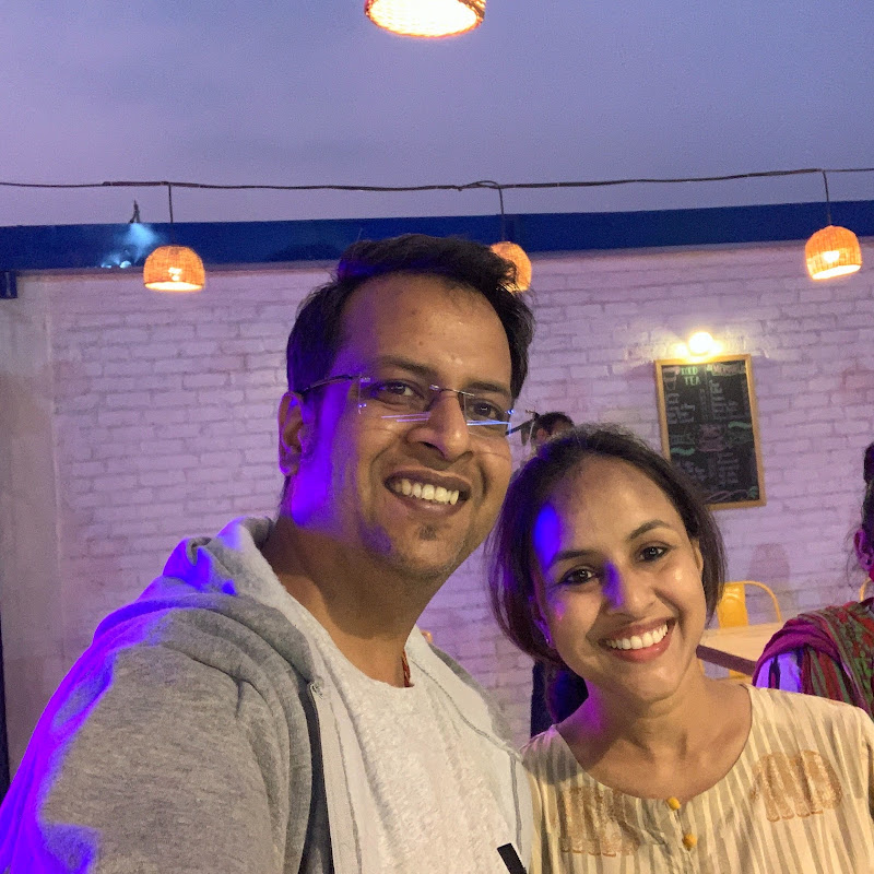 Indian Vlogger Iti & Shlabh (indian-vlogger-iti-shlabh)