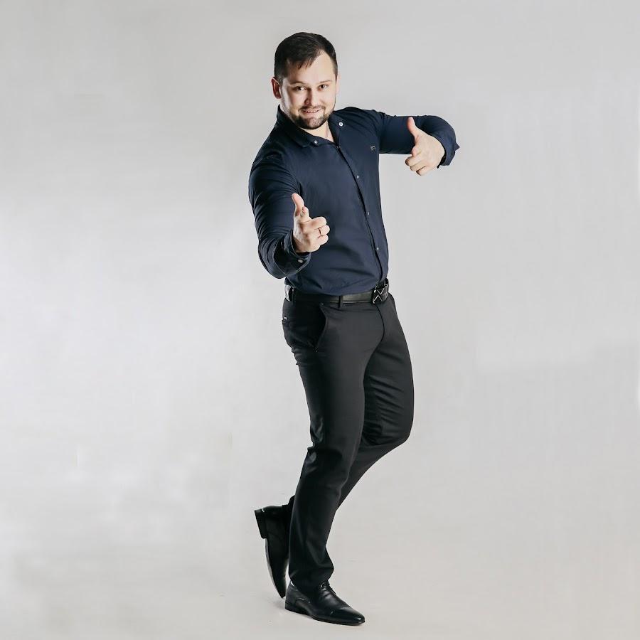 Денис абрамов девушка на приеме на работу