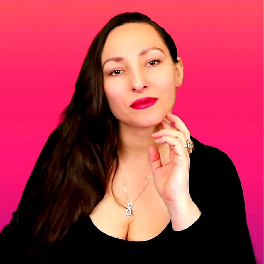 Eva Ariah Tarot
