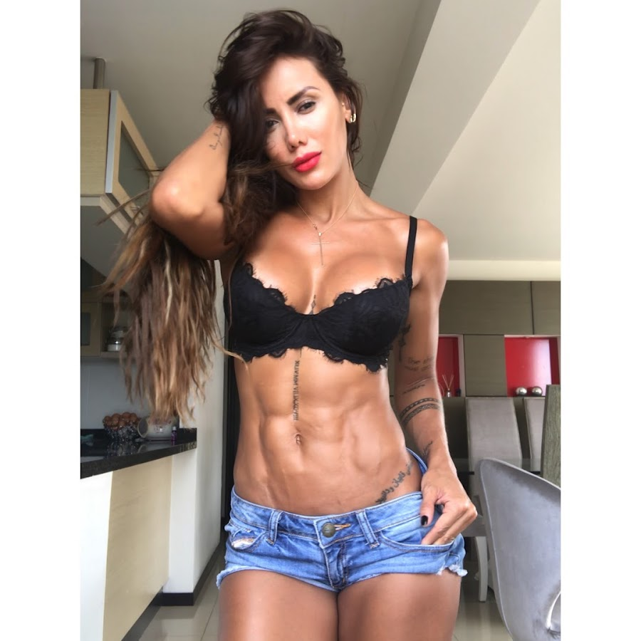 Sonia Isaza Youtube Mi fuerza fisica me hace imparable, pero mi fuerza de voluntad me hace indestructible!!💪. sonia isaza youtube