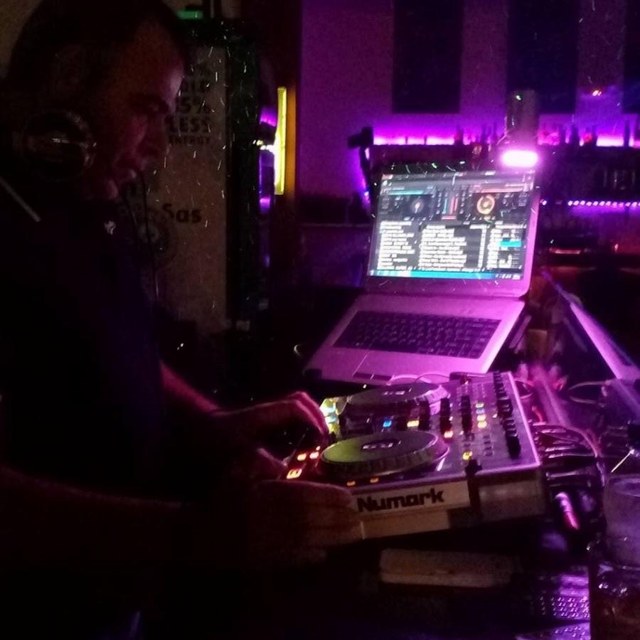 DJ KOSTAS MONAXOS