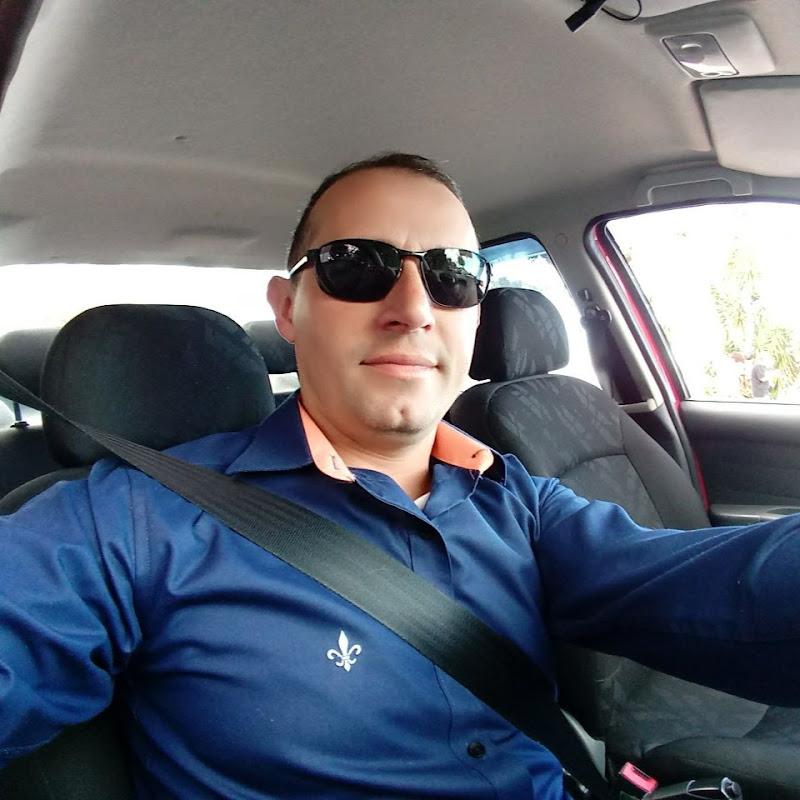 Uber do Marcelo, o Uber fora da curva.