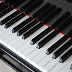 pianomusiclovr (Pianist and Composer)