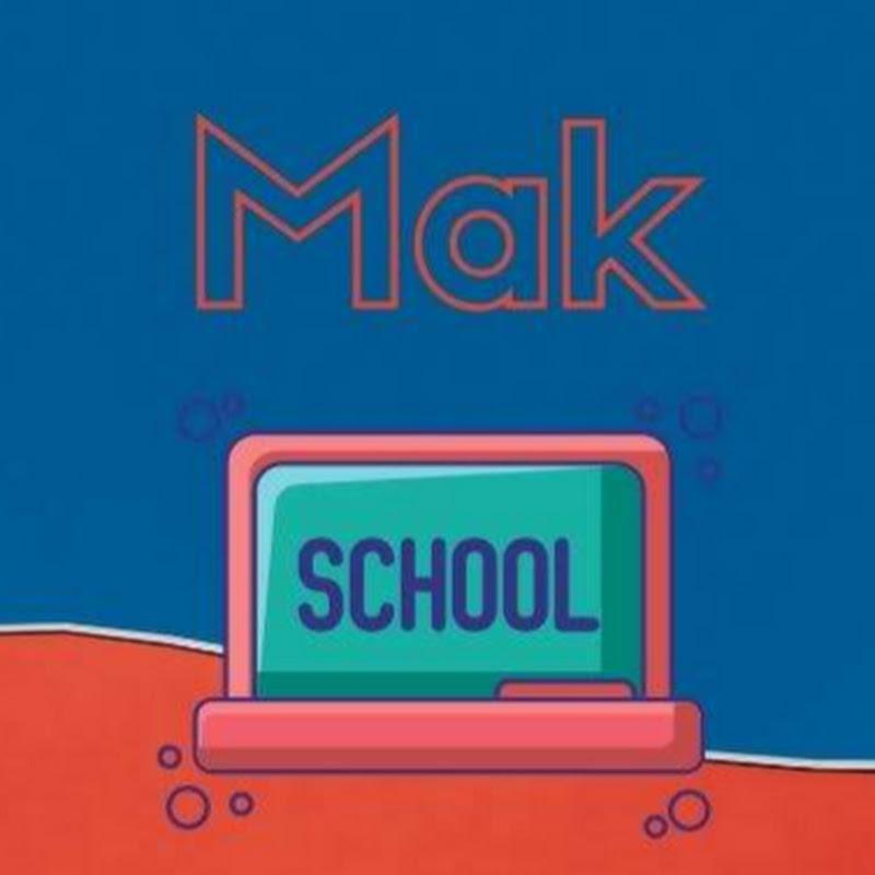 Makarenko Estudia en Casa