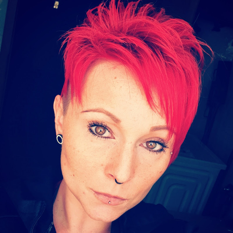 Miss Red Devil