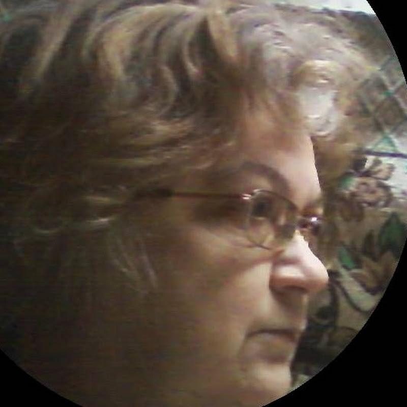 Лариса Сухобаевская