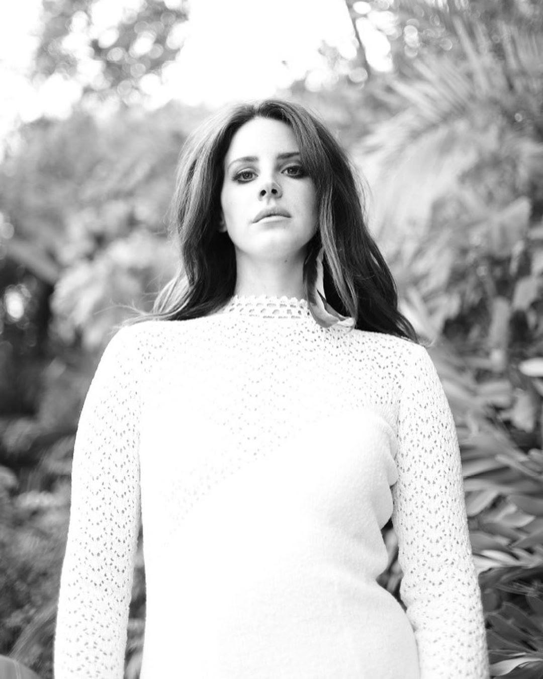 Lana del Rey New Libération photoshoot pic leaks ...
